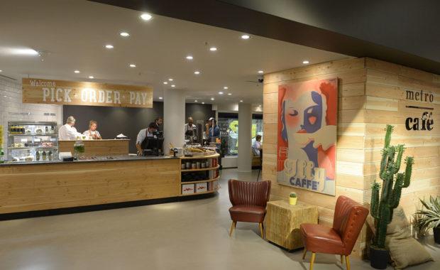 Metro Cafe Bijenkorf Rotterdam